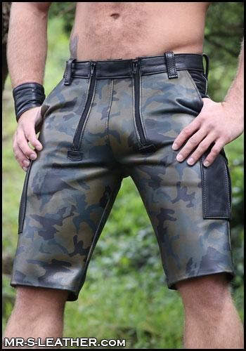 Camo-Carpenter-Cargo-Shorts-L064C-21