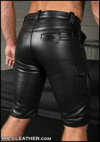 Leather-Cargo-Shorts-Gay-BDSM-Wesco-Boots-L064-27