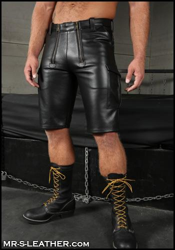 Leather-Cargo-Shorts-Gay-BDSM-Wesco-Boots-L064-36
