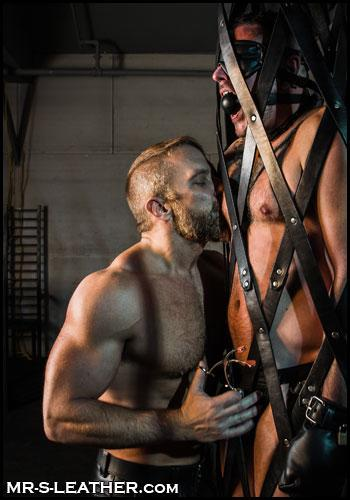 Deluxe-Ball-Gag-Max-Cameron-Dirk-Caber-HT065-12B
